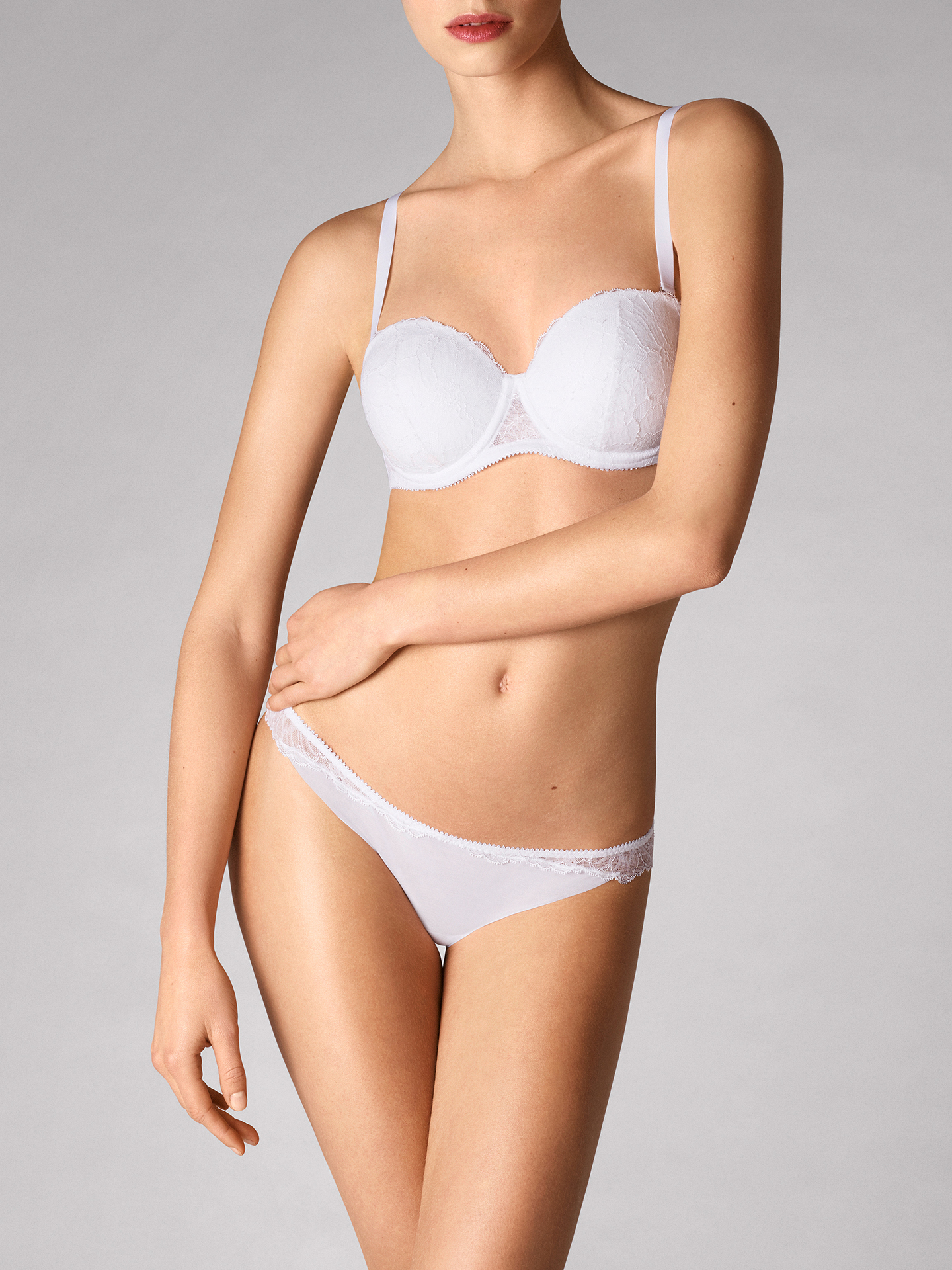 Wolford Apparel & Accessories > Clothing >  Stretch Lace Bandeau Bra - 1300 - 70C